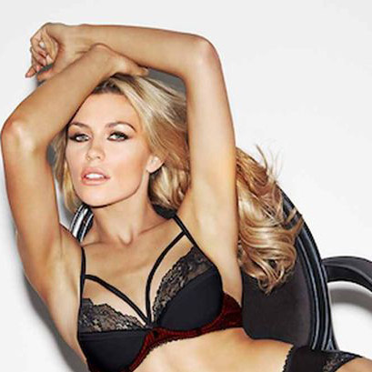 Abbey Clancy, Peter Crouch's wag