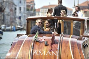 Tennis star Ivanovic and Manchester United midfielder Schweinsteiger wedding in Venice